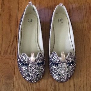 Gap sparkle unicorn size 2